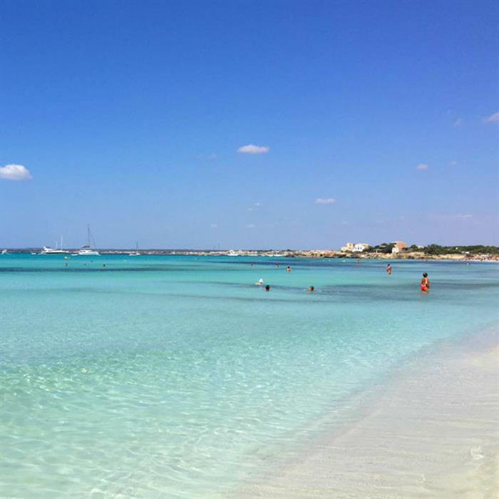 Vì sao Es Trenc được mệnh danh là bãi biển nude đẹp nhất Mallorca - Ảnh 4.