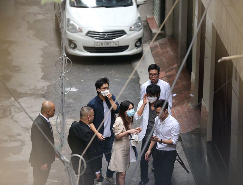 Rò rỉ ảnh lễ ăn hỏi xịn xò của Xuân Trường và Nhuệ Giang - Ảnh 1.