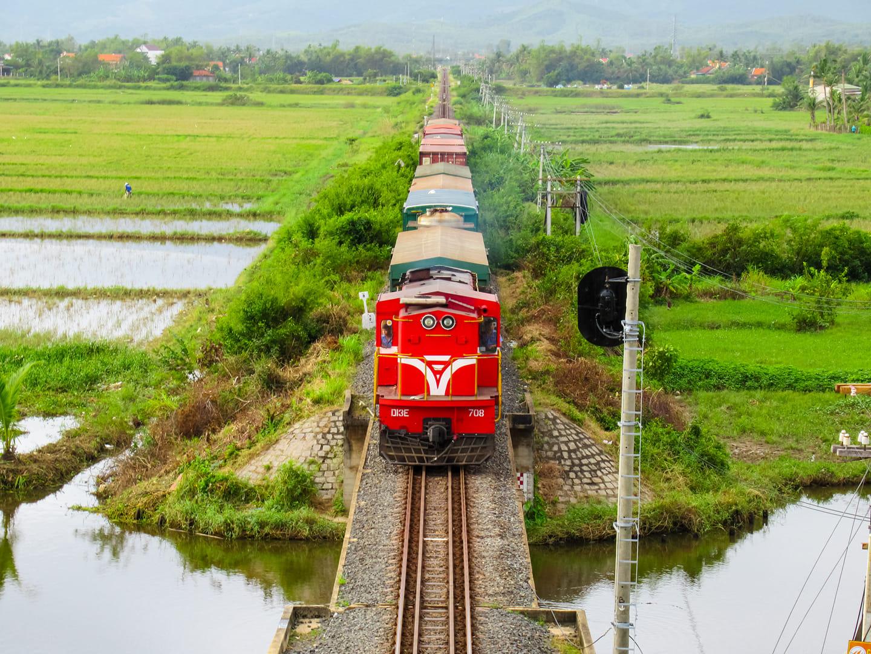 """""""Giải cứu"""" ngành đường sắt: """"Đề án"""" long đong hành trình hơn 600 ngày - Ảnh 1."""