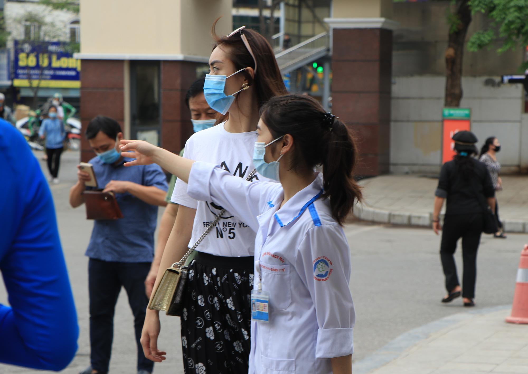 """Phó giám đốc Bệnh viện Bạch Mai: """"Sẽ dần triệt tiêu thu nhập không đúng, những nhóm lợi ích"""" - Ảnh 4."""