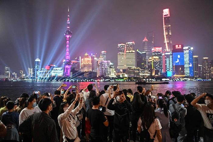 Trung Quốc: Hơn 200 triệu chuyến đi đã được đặt dịp nghỉ lễ 1/5 - Ảnh 6.