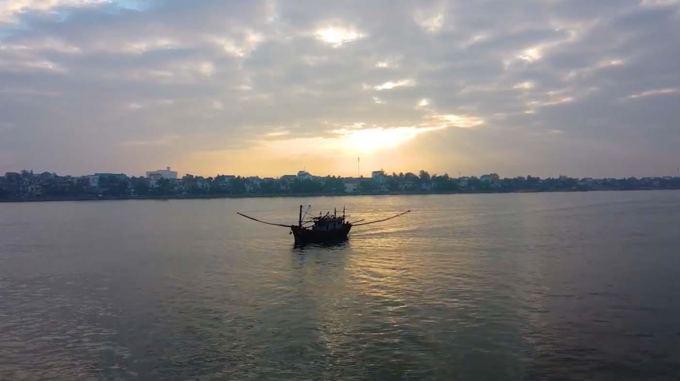 Đẹp mê mẩn với hình ảnh Quảng Bình thiên nhiên tươi đẹp trong MV của ca sĩ Trần Nguyên Thắng - Ảnh 6.