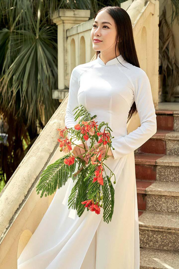 Ca sĩ Tuyết Nga: Danh hiệu Hoa hậu áo dài chỉ như một cuộc dạo chơi trên sắc đẹp! - Ảnh 1.