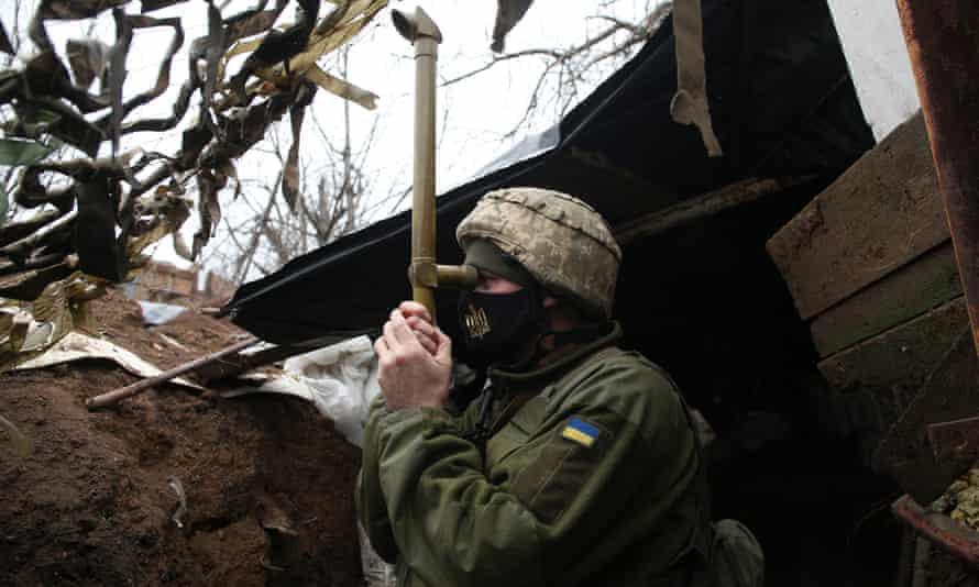 Ai đứng sau căng thẳng giữa Nga-Ukraine? - Ảnh 1.