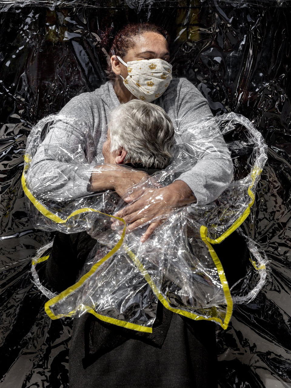 Những bức ảnh ấn tượng của giải Ảnh Báo chí Thế giới 2021 - Ảnh 1.