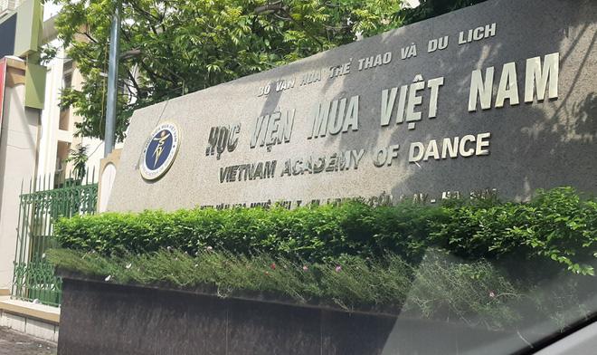 Học sinh Học viện Múa Việt Nam tiếp tục đối mặt nguy cơ không có bằng - Ảnh 1.