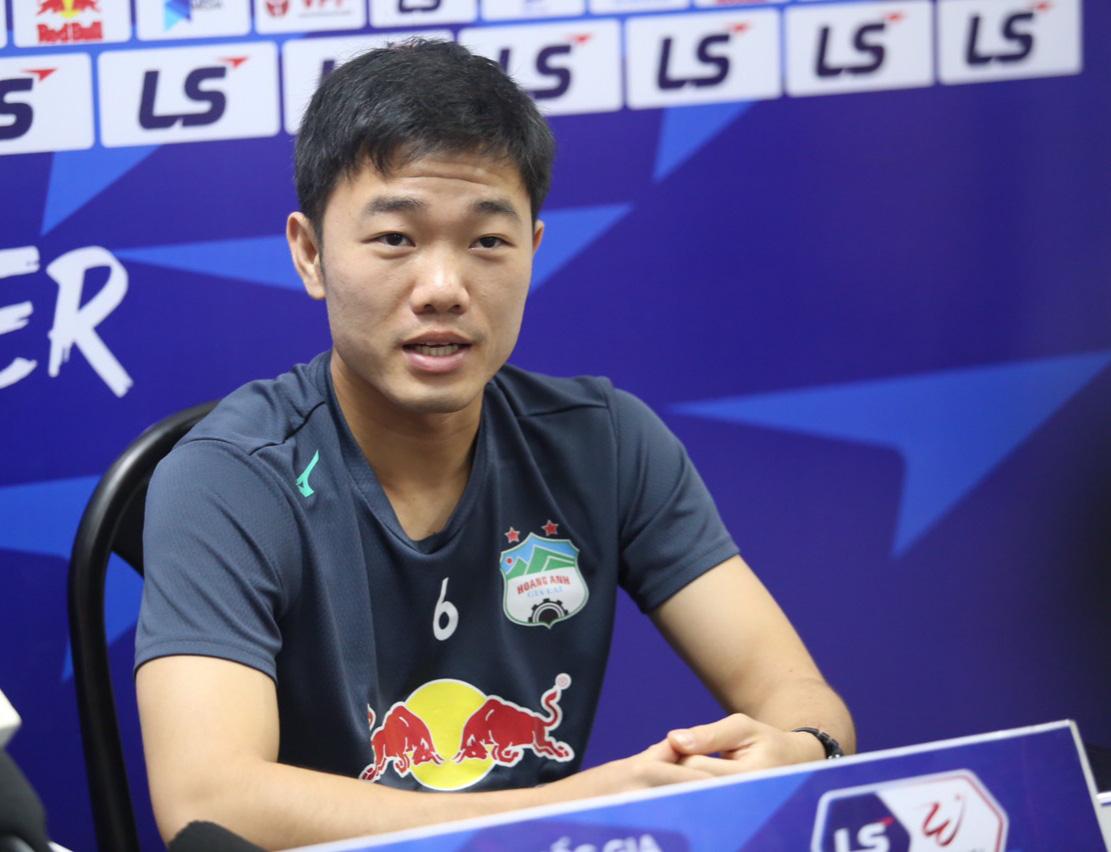 Xuân Trường tỏ lòng khi cùng HAGL đá bại Hà Nội sau 3,5 năm - Ảnh 2.