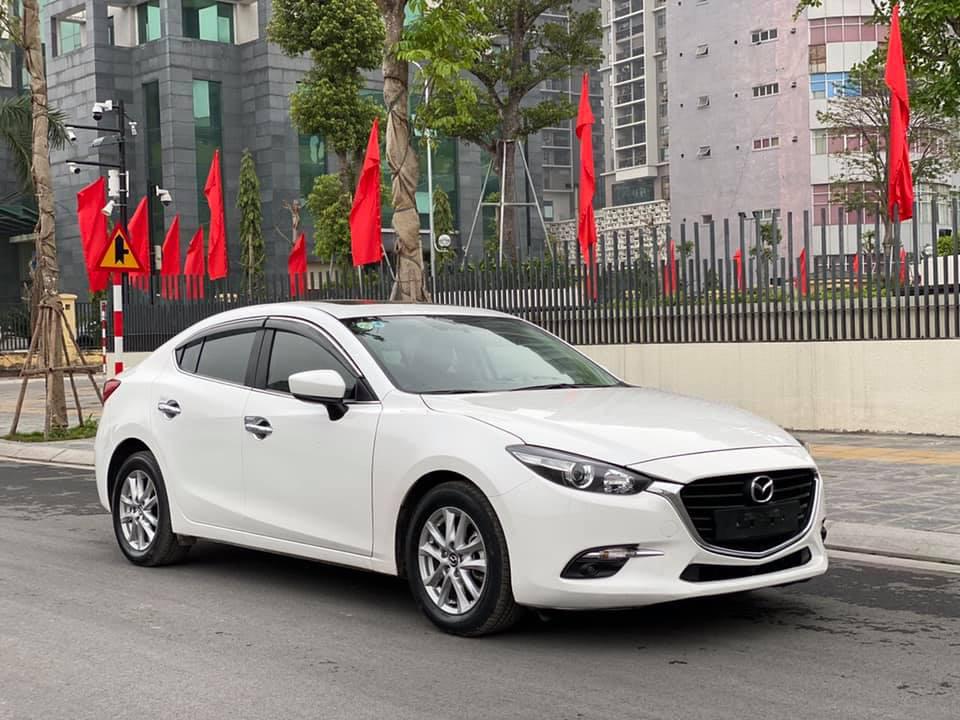 Mazda 3 màu trắng, đăng ký 2020, chạy 1 vạn 2, giá bán ngạc nhiên - Ảnh 1.
