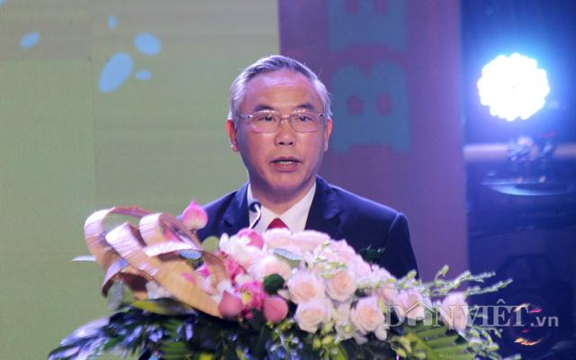 Thứ trưởng Bộ NNPTNT Phùng Đức Tiến