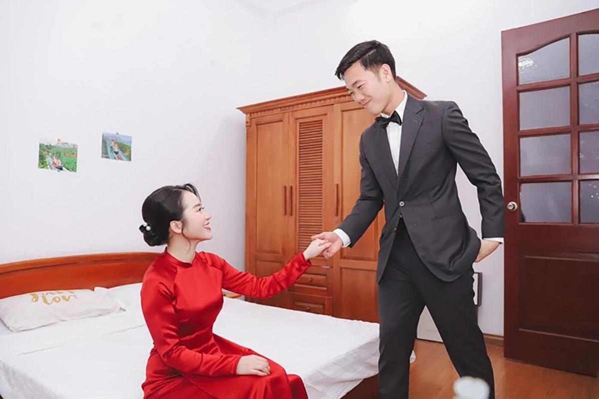 """Loạt hình Xuân Trường và Nhệ Giang cứ """"hở ra"""" là hôn nhau - Ảnh 2."""