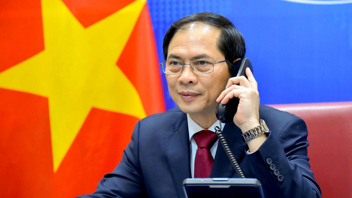 Bộ trưởng ngoại giao hai nước Việt-Trung trao đổi thẳng thắn về vấn đề trên biển - Ảnh 1.