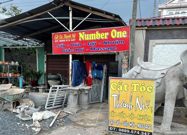 """""""Nhân viên"""" tiệm cắt tóc thư giãn sẵn sàng bán dâm tại chỗ cho khách - Ảnh 1."""
