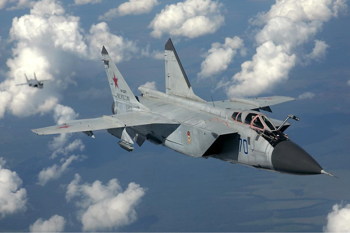 Vì sao mọi máy bay quân sự đối phương phải rút lui khi gặp MiG-31 - Ảnh 6.