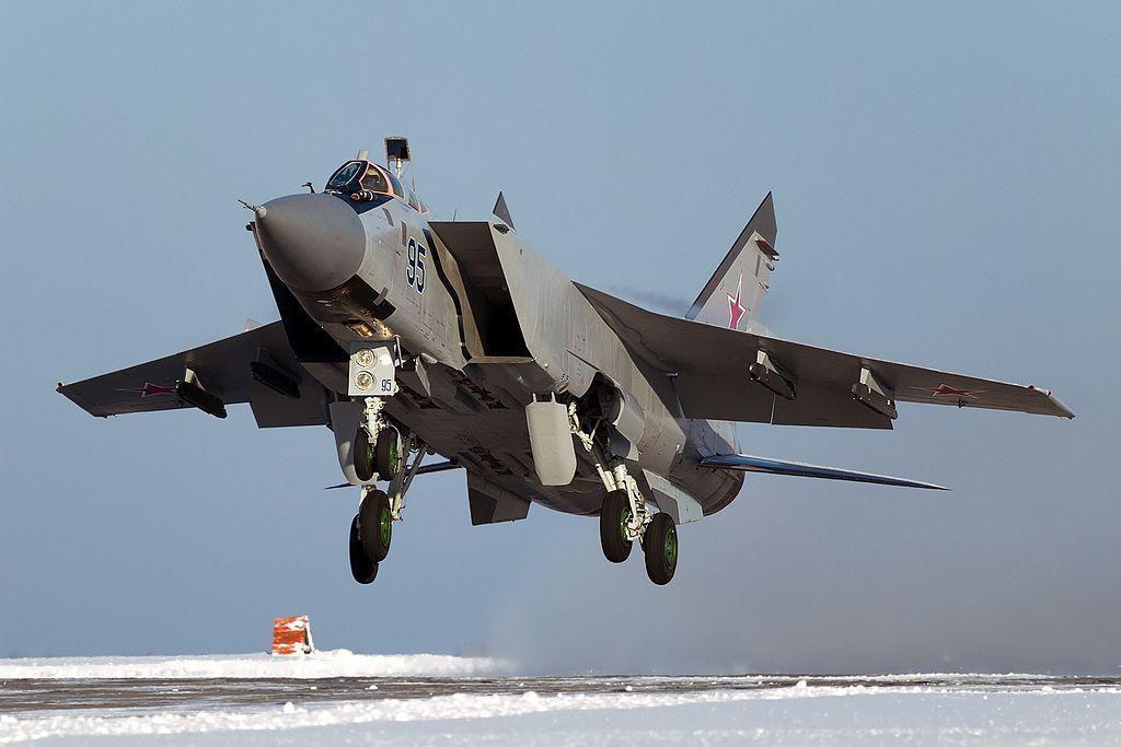 Vì sao mọi máy bay quân sự đối phương phải rút lui khi gặp MiG-31 - Ảnh 7.