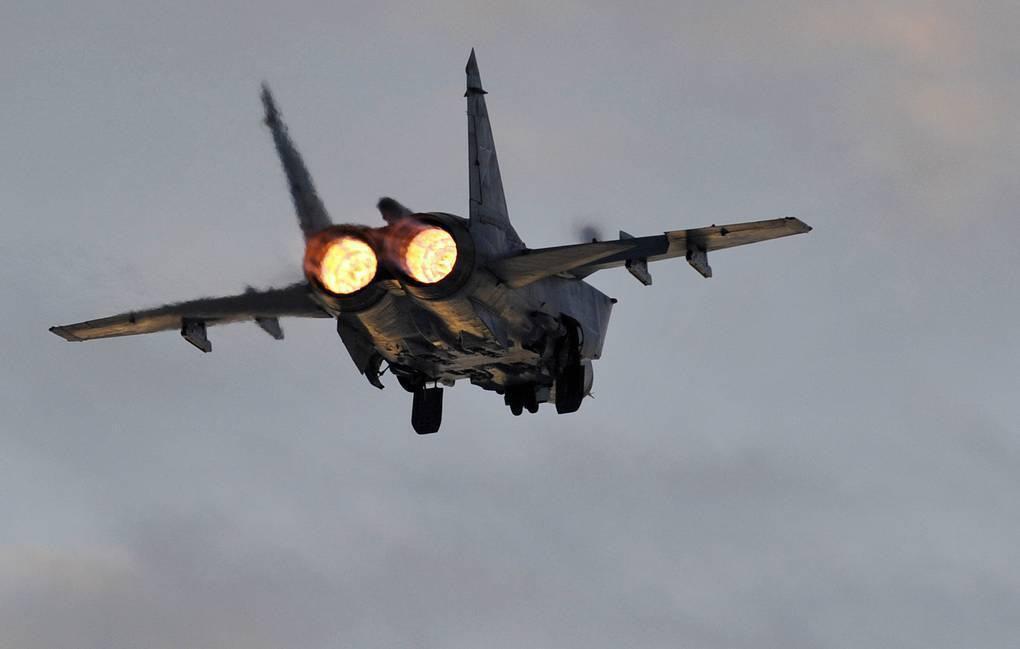 Vì sao mọi máy bay quân sự đối phương phải rút lui khi gặp MiG-31 - Ảnh 8.
