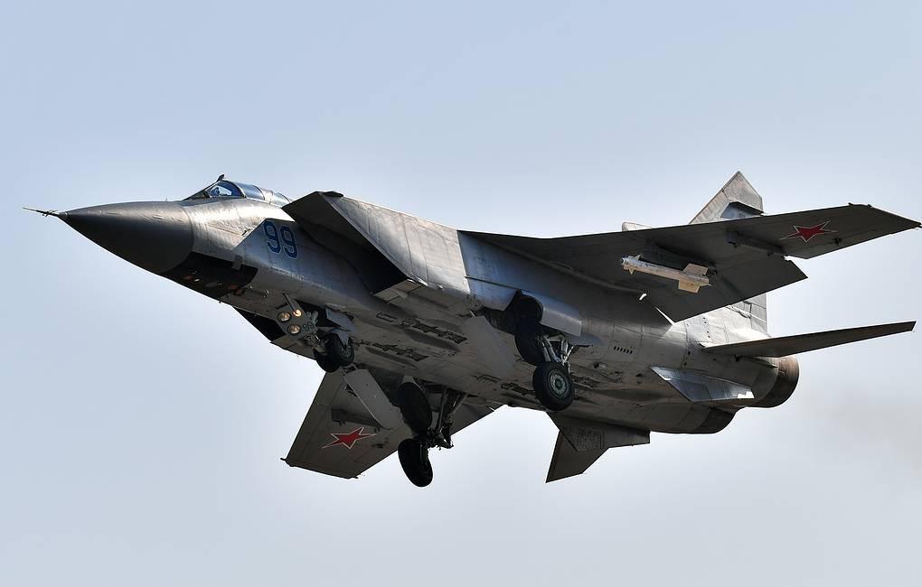 Vì sao mọi máy bay quân sự đối phương phải rút lui khi gặp MiG-31 - Ảnh 9.
