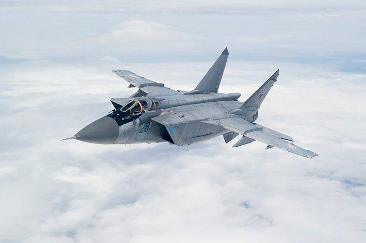 Vì sao mọi máy bay quân sự đối phương phải rút lui khi gặp MiG-31 - Ảnh 10.