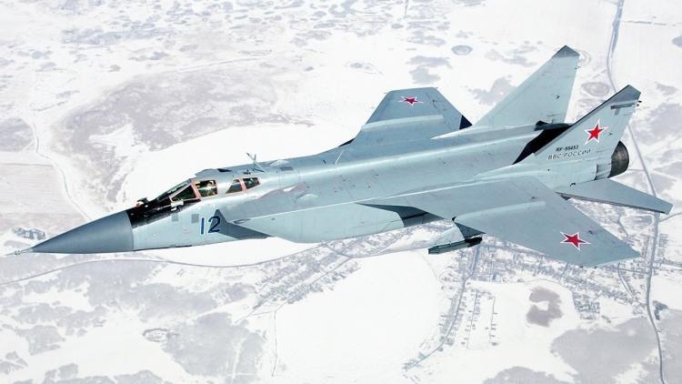 Vì sao mọi máy bay quân sự đối phương phải rút lui khi gặp MiG-31 - Ảnh 12.