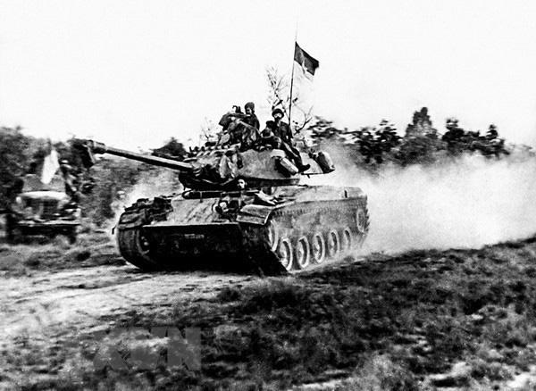 """Độc đáo: Bộ đội Việt Nam từng lấy xe tăng """"chiến lợi phẩm"""" để giải phóng Sài Gòn - Ảnh 1."""