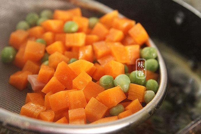 Cơm rang cho thêm loại quả này càng thêm hấp dẫn, ăn một miếng là không thể dừng - Ảnh 5.