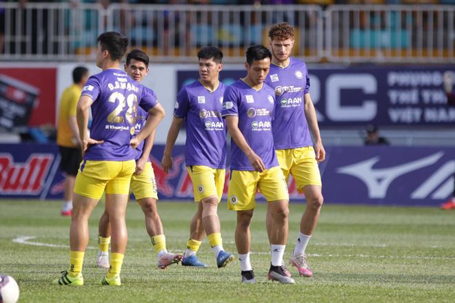 HLV Kiatisuk giúp HAGL khẳng định thế độc tôn V.League 2021 - Ảnh 1.