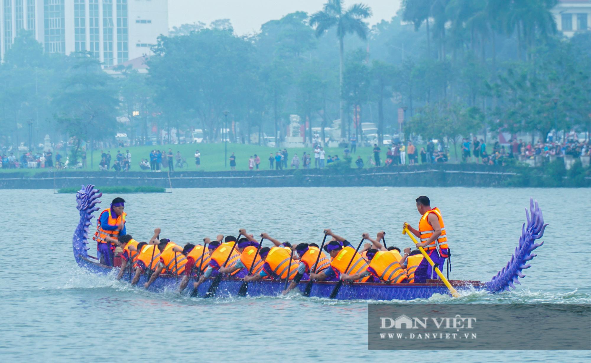 Phú Thọ: Kịch tính giải đua bơi chải chào mừng ngày giỗ Tổ Hùng Vương - Ảnh 5.