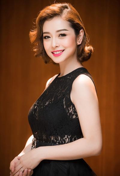 Hoa hậu Jennifer Phạm xinh đẹp rạng rỡ ở tuổi 36 - Ảnh 3.