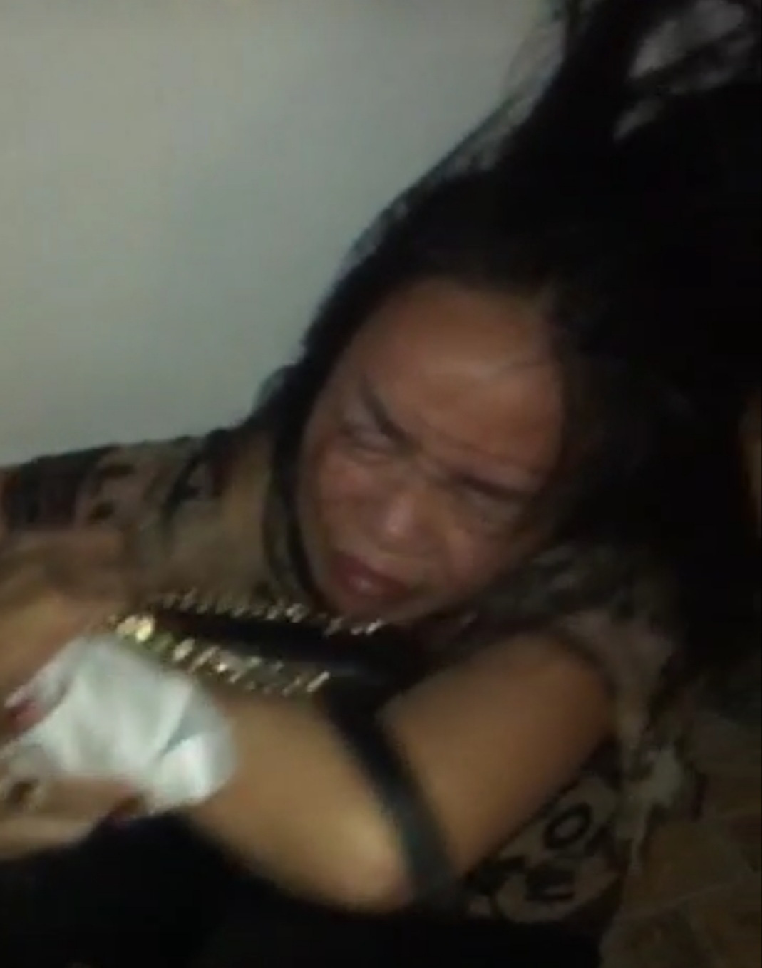 Hải Phòng: Nữ giám đốc Công ty bất động sản bị hành hung, làm nhục, đăng tải clip lên mạng internet  - Ảnh 4.