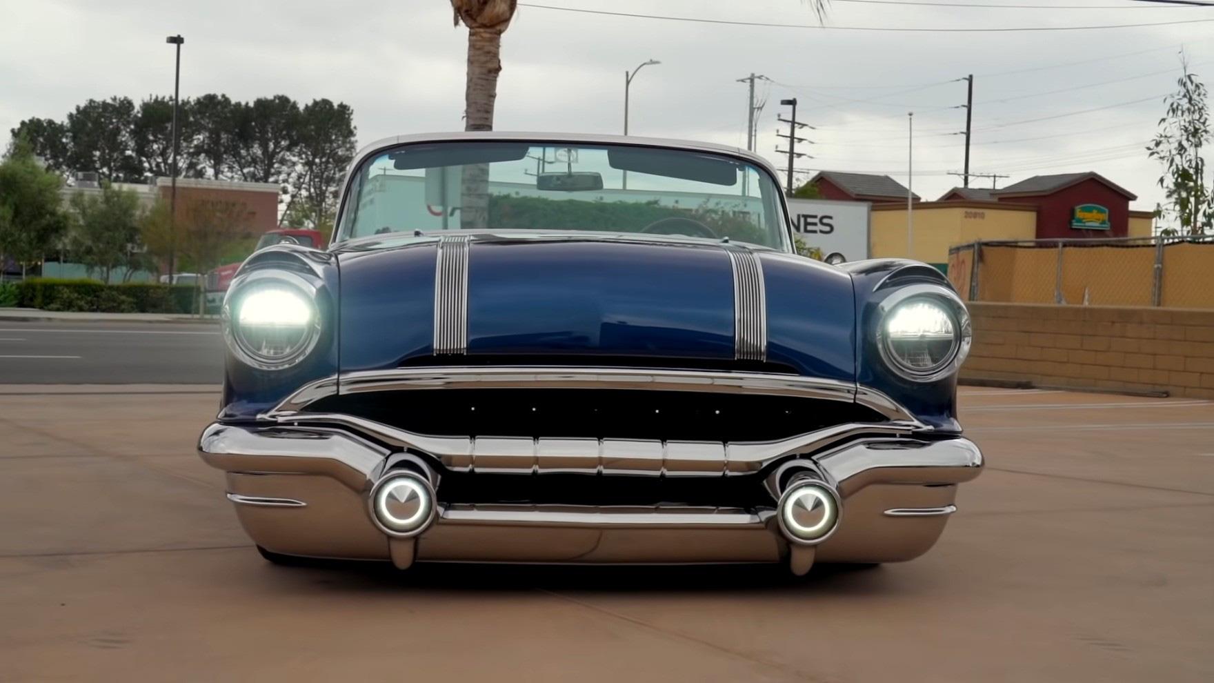 Pontiac Star Chief 1956 giá 1.000.000 đô la, bộ siêu tăng áp Whipple, lớp áo bất thường - Ảnh 2.
