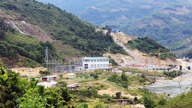 Quảng Ngãi: 2 Chủ dự án thuỷ điện cho khai thác cát trái phép ở lòng hồ chứa  - Ảnh 4.