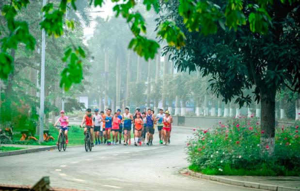 """Ecopark Marathon 2021 - Ngắm cung đường chạy giữa thiên nhiên """"siêu chất"""" trước giờ G - Ảnh 7."""