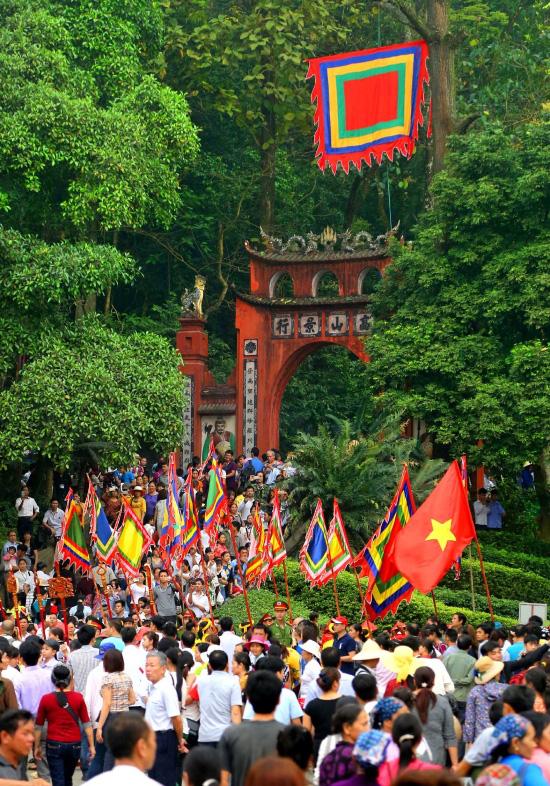 (gop) Ngày Giỗ tổ nghĩ về chủ quyền  văn hóa, tình yêu đất nước - Ảnh 1.