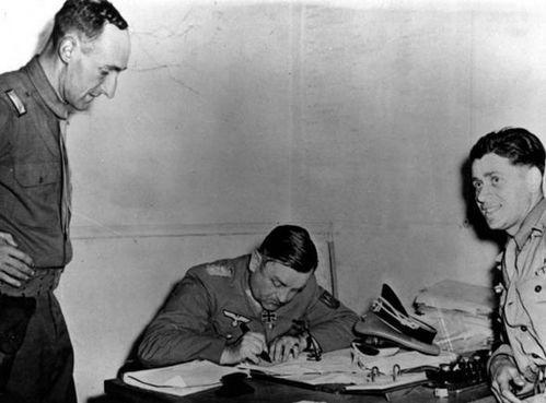 Tướng Đức kháng lệnh Adolf Hitler, cứu Paris khỏi bị hủy diệt - Ảnh 2.