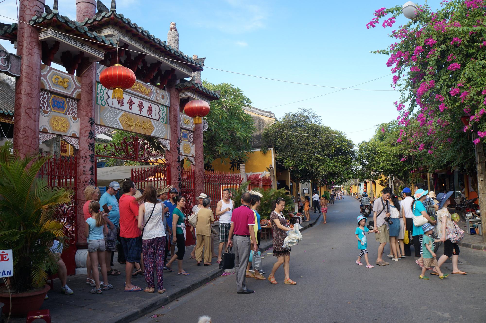 """Quảng Nam lên kế hoạch đón khách du lịch quốc tế có """"hộ chiếu vắc-xin""""   - Ảnh 5."""
