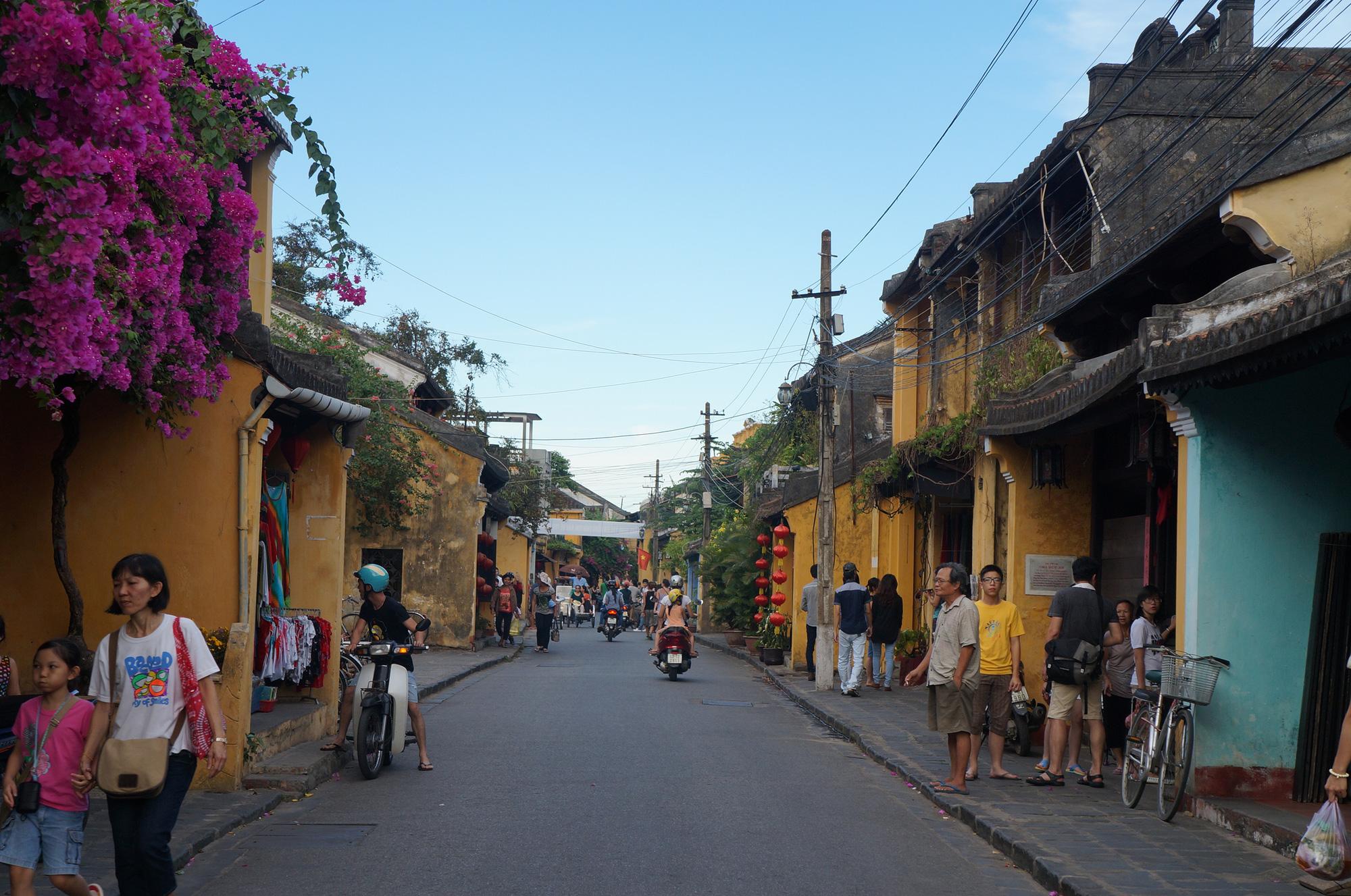 """Quảng Nam lên kế hoạch đón khách du lịch quốc tế có """"hộ chiếu vắc-xin""""   - Ảnh 8."""