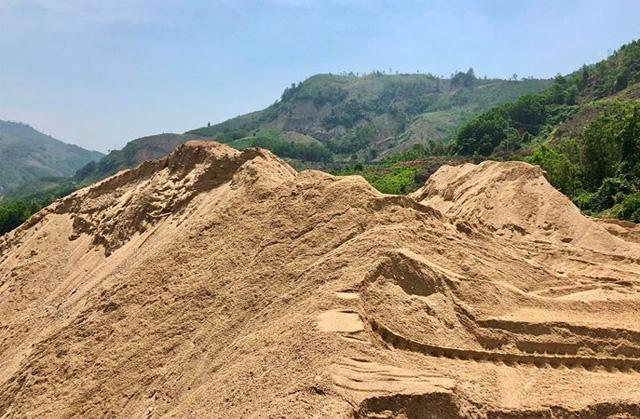 Quảng Ngãi: Cấp, ngành lên tiếng vụ 2 chủ dự án thuỷ điện nạo vét cát trái phép  - Ảnh 4.