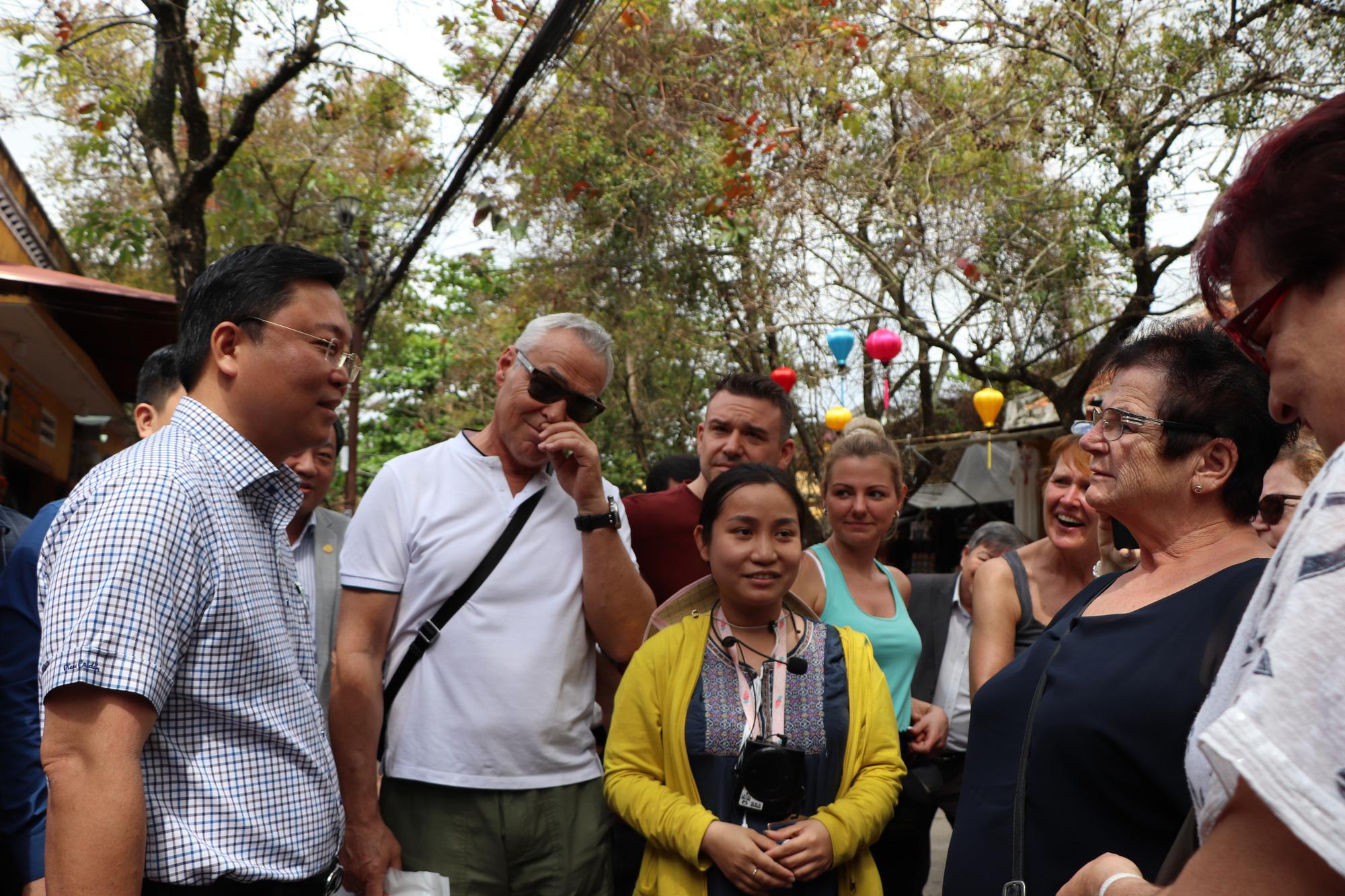 """Quảng Nam lên kế hoạch đón khách du lịch quốc tế có """"hộ chiếu vắc-xin""""   - Ảnh 1."""