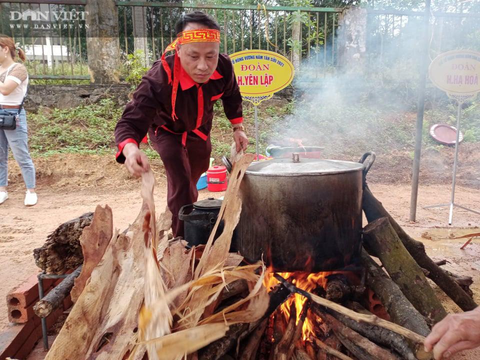 Phú Thọ: Sôi nổi Hội thi gói, nấu bánh chưng, giã bánh giầy tại Đền Hùng - Ảnh 4.