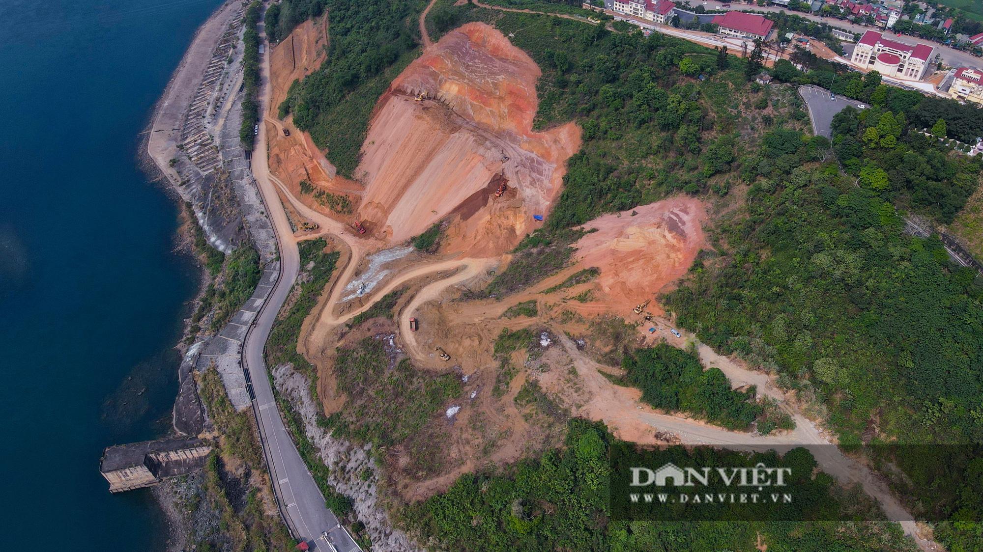 Công trình mở rộng nhà máy thuỷ điện Hoà Bình hơn 9000 tỷ nhìn từ trên cao  - Ảnh 11.