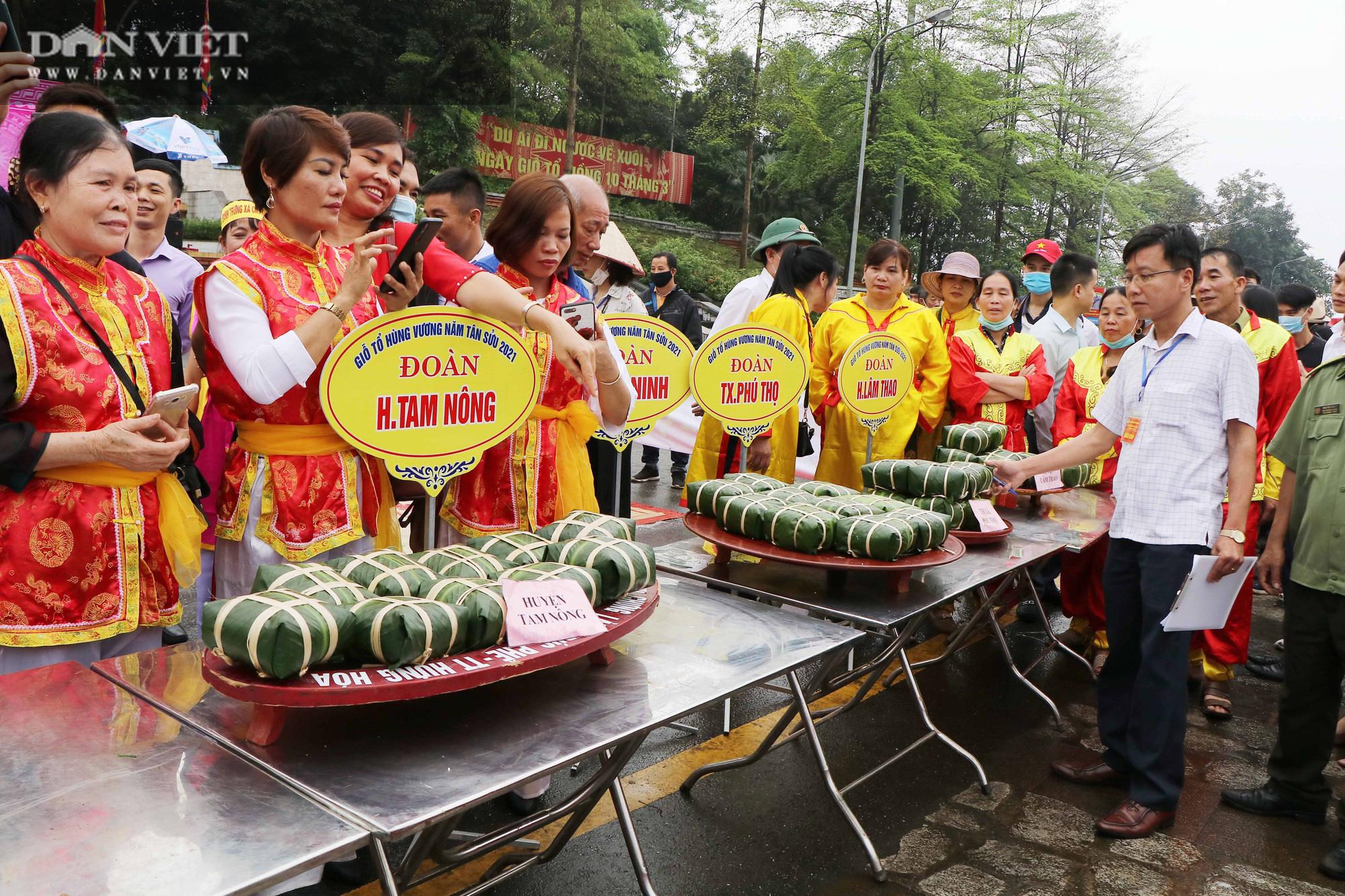 Phú Thọ: Sôi nổi Hội thi gói, nấu bánh chưng, giã bánh giầy tại Đền Hùng - Ảnh 3.