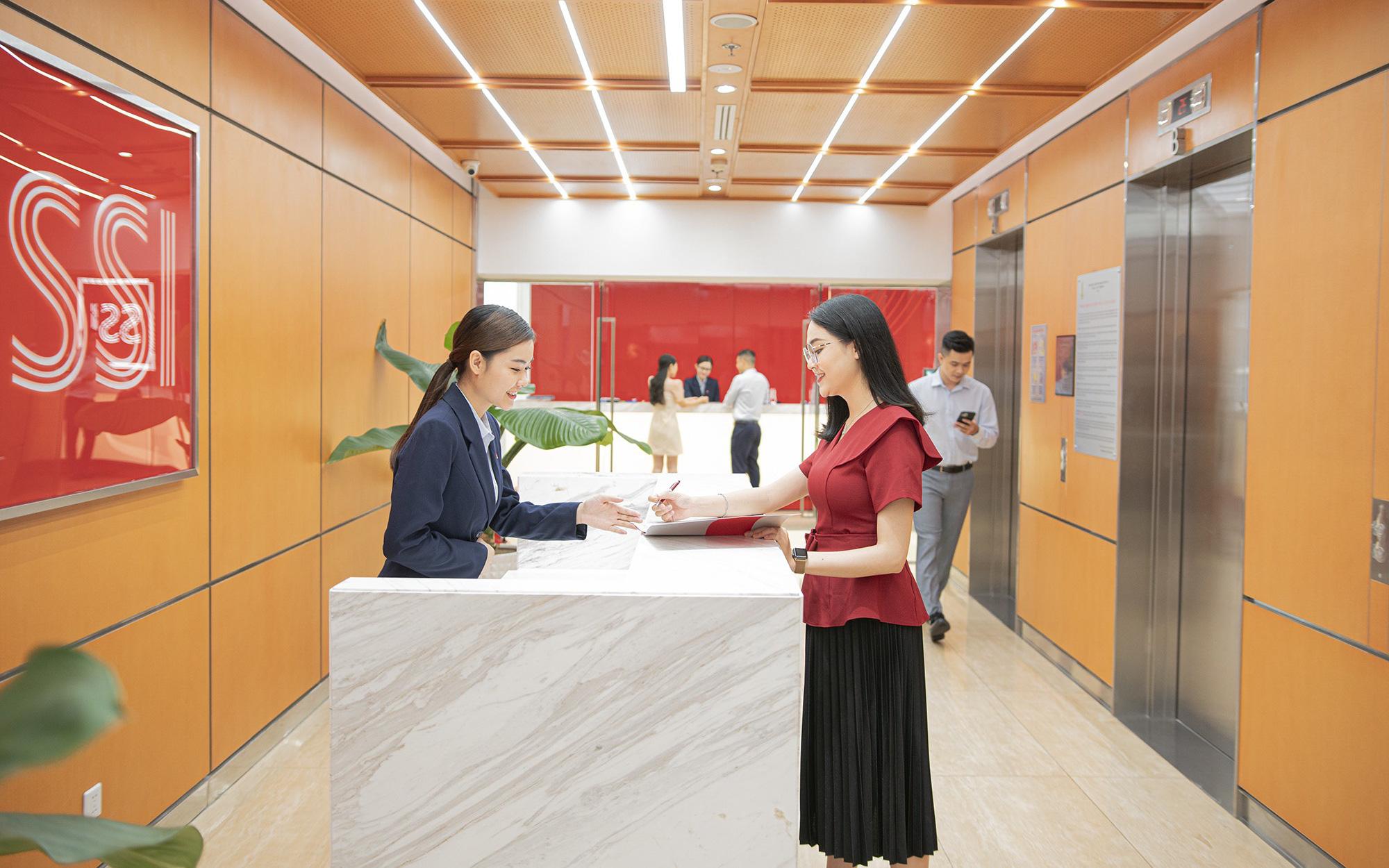 Mất vị trí số 1 về thị phần môi giới, SSI  của ông Nguyễn Duy Hưng làm ăn ra sao trong quý 1?
