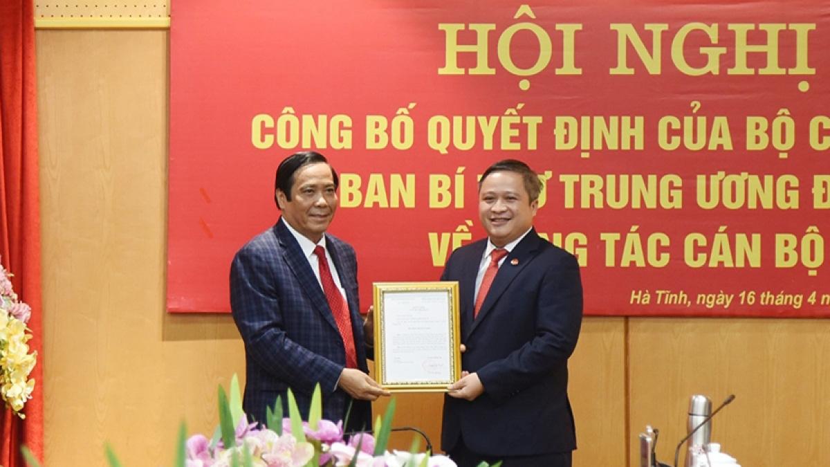 Bộ Chính trị điều động ông Trần Tiến Hưng về Ủy ban Kiểm tra Trung ương - Ảnh 1.