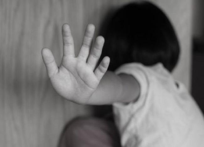 Thêm vụ án chấn động bé gái 5 tuổi hiếp dâm, sát hại: Làm sao bảo vệ con khỏi xâm hại tình dục? - Ảnh 2.
