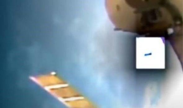 Một UFO đã bị phát hiện khi tới gần Trạm Vũ trụ quốc tế - Ảnh 1.