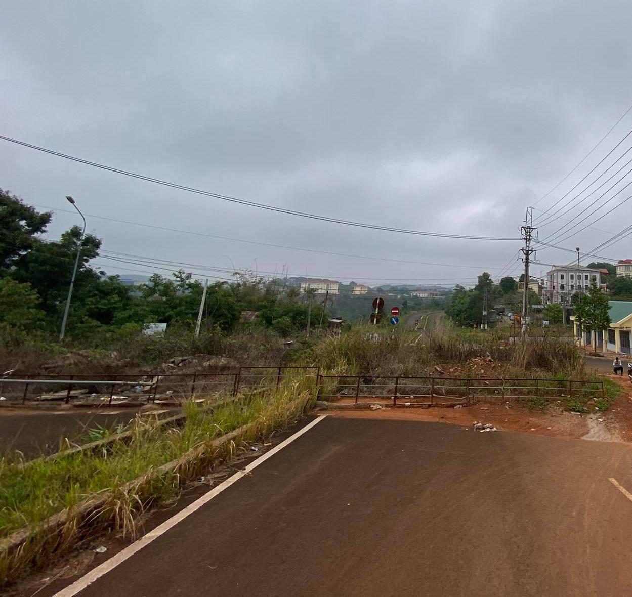 Gần 230 tỷ đồng xây dựng khu dân cư dọc tuyến đường sụt lún ở Đắk Nông? - Ảnh 1.
