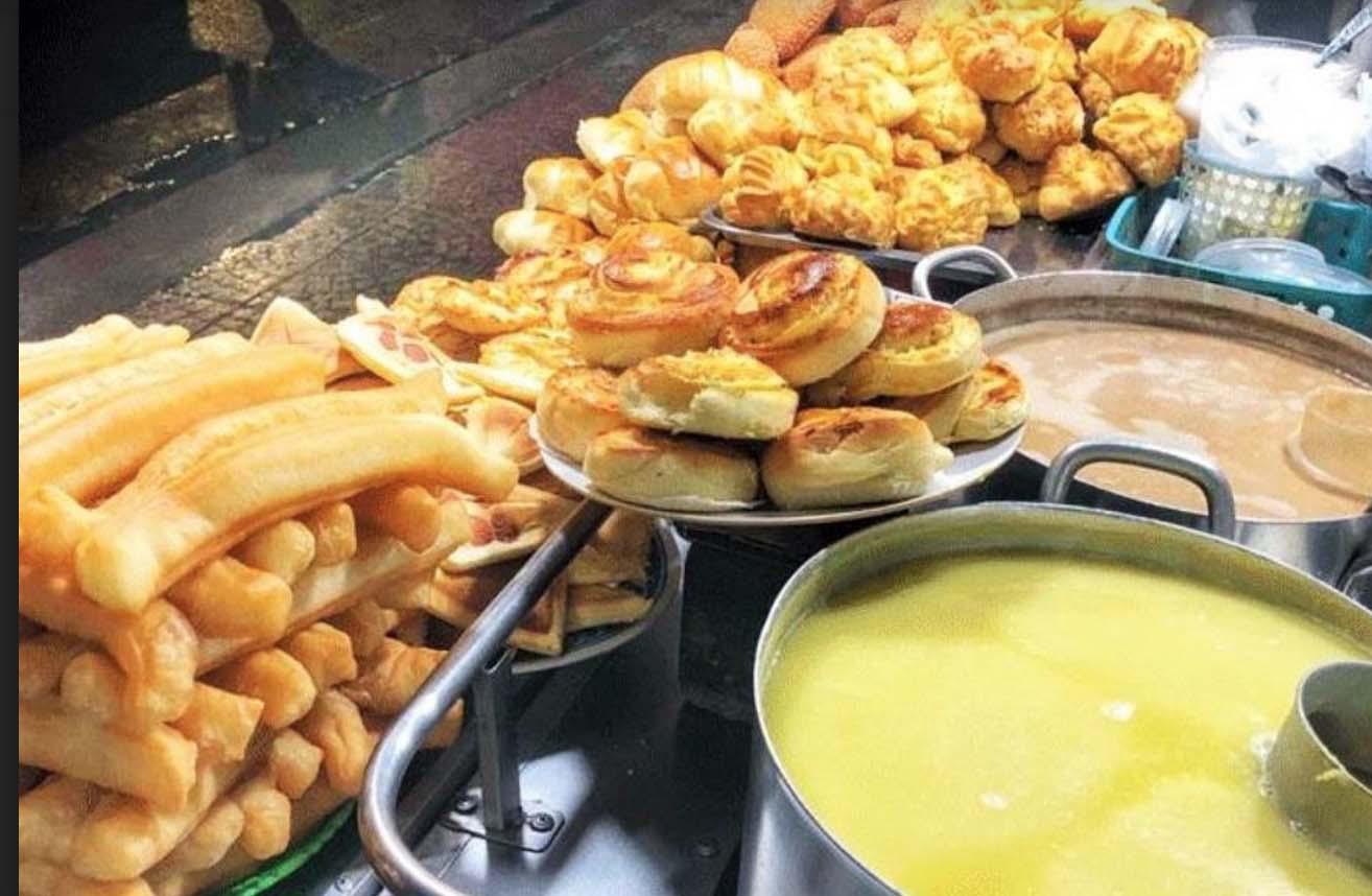 Du lịch Đà Lạt: Chợ đêm nhiều món ăn, hàng quà hấp dẫn - Ảnh 12.