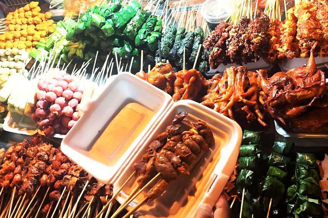 Du lịch Đà Lạt: Chợ đêm nhiều món ăn, hàng quà hấp dẫn - Ảnh 3.