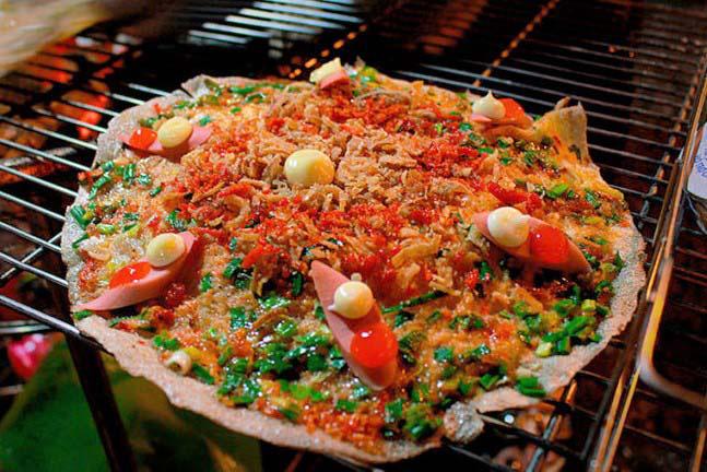 Du lịch Đà Lạt: Chợ đêm nhiều món ăn, hàng quà hấp dẫn - Ảnh 4.