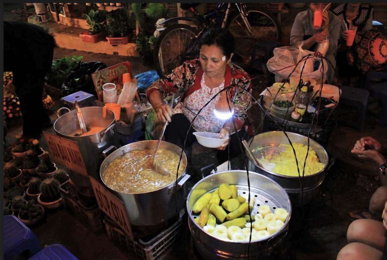 Du lịch Đà Lạt: Chợ đêm nhiều món ăn, hàng quà hấp dẫn - Ảnh 9.
