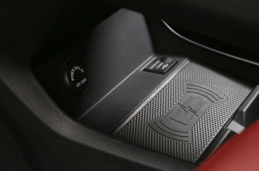"""Xe Trung Quốc Dongfeng """"nhái"""" Porsche, giá ngỡ ngàng tại Việt Nam - Ảnh 8."""